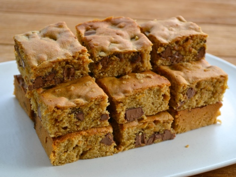Chocolate & Peanut Butter Blondies